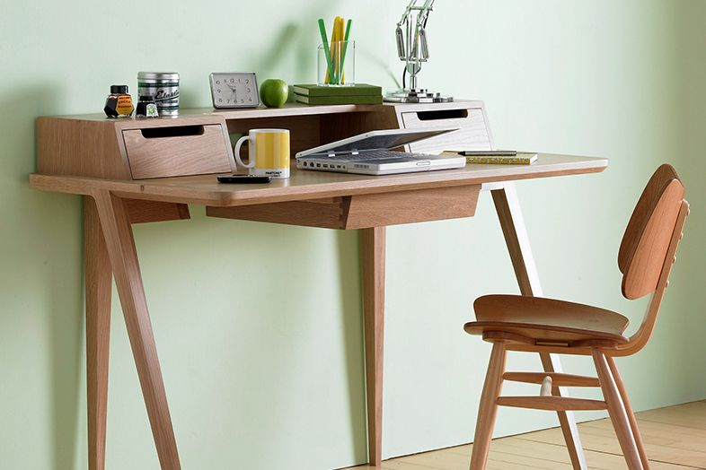 Treviso Desk Designed By Matthew Hilton For Ercol I Don T Usually Go Oak But Love The Lines On This Via Chris Moore Thefancy