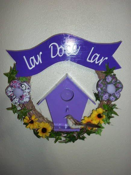 Linda guirlanda em lilas, envernizada, alto brilho... R$ 55,00