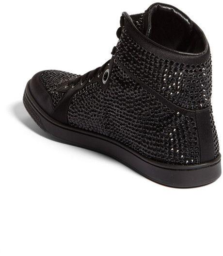 62b513e9b36 gucci coda sneakers