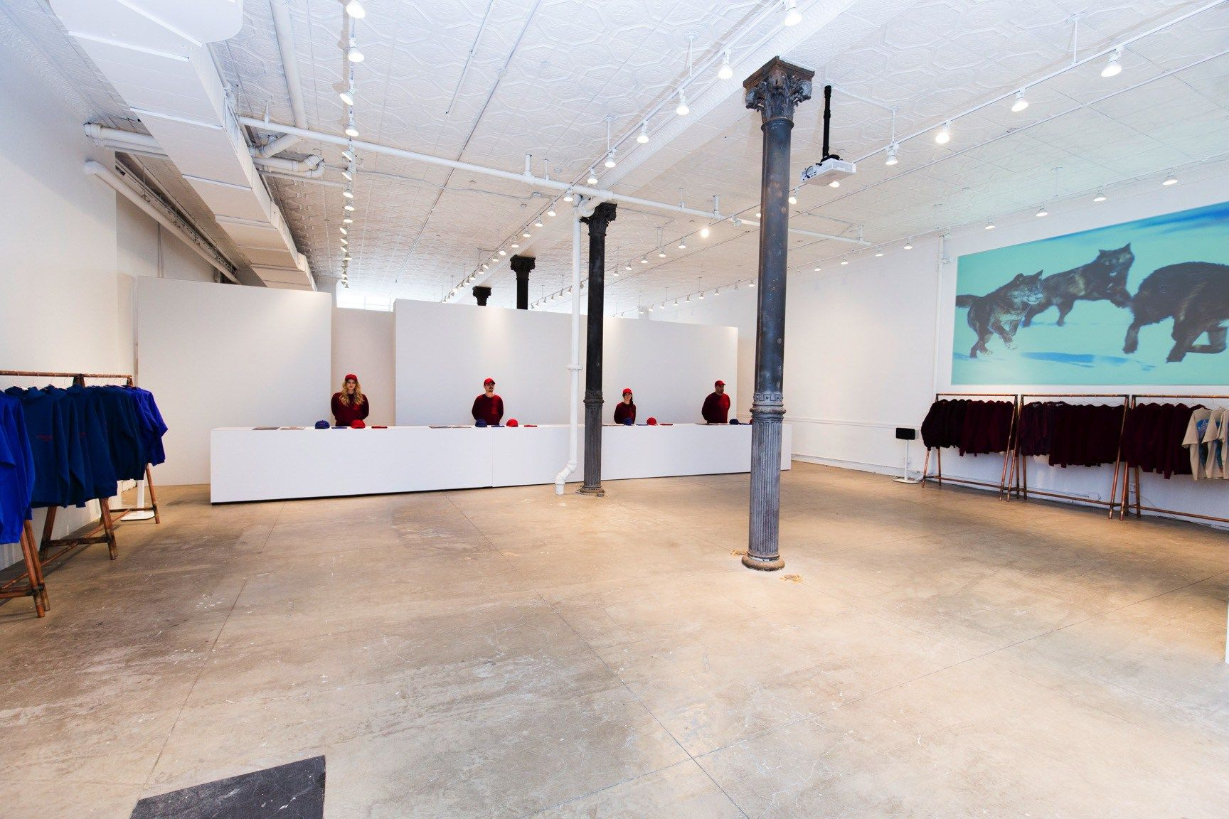 A Look Inside Kanye West S Pablo Pop Up Shop In Nyc Pop Up Shop Pop Up Store Nyc Shopping