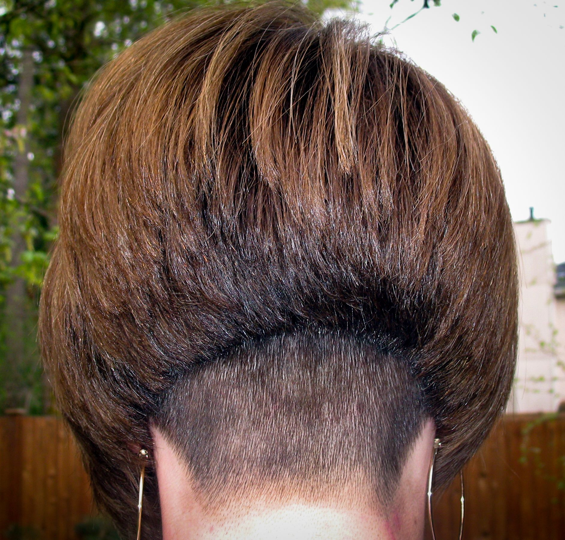 Surprising Mrs Cb From The Coolbobs Com Website Hair Undercuts Hairstyles For Men Maxibearus