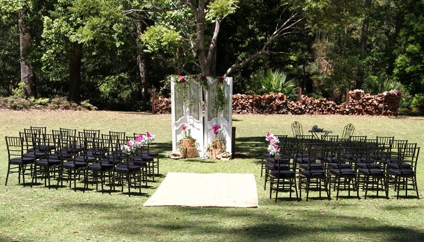 Brown Chairs Outdoor Ceremony Decorations: Outdoor Wedding Ceremony With Black Chairs