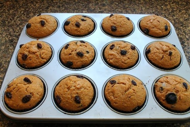 Food Lust People Love: Date Syrup Raisin Muffins for #UAENationalDay #MuffinMonday