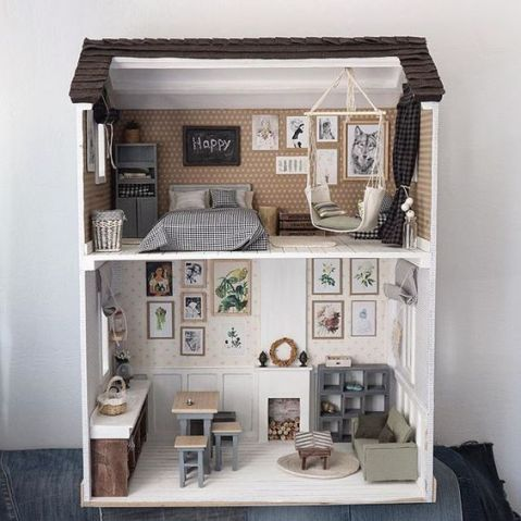 20 Dollhouses That'll Make You Wish You Could Fit Inside - Society19 #dollhouses