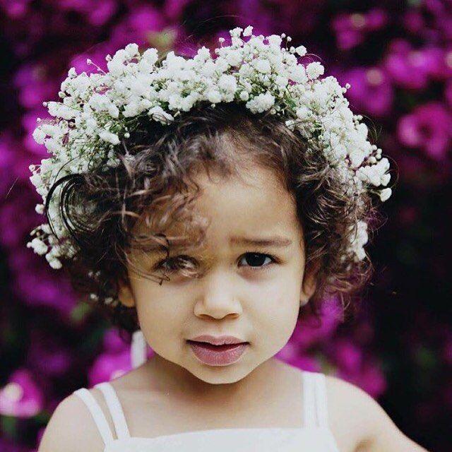 Flower girl // Cutie patootie Shelley-Ann & Matt's wedding Nov 2015 @smittenweddingphotography #theflowerdispensary #weddingflowers