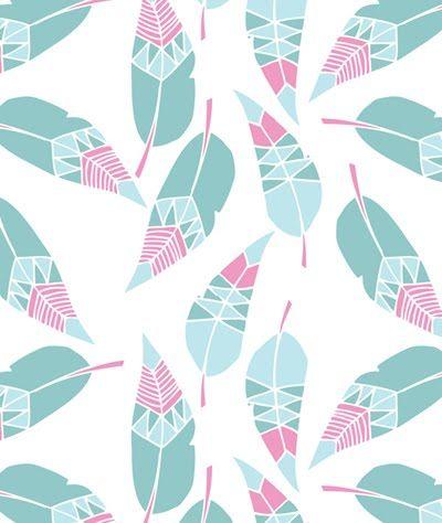 Feuilles ou plumes? En tout cas, leur allure géométrique aux couleurs pastels nous plaisent!