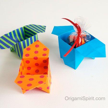 Una caja tradicional en origami -Caja 'Sanbo' post image