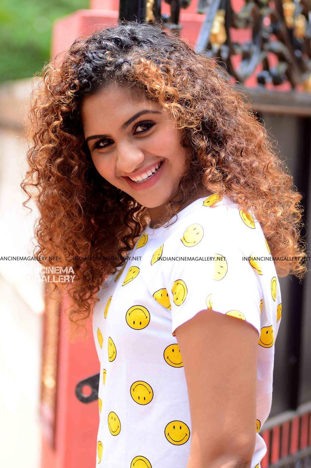 Noorin Shereef Photoshoot March 2019 4 Beautiful Indian Actress Indian Actress Hot Pics Indian Actress Photos