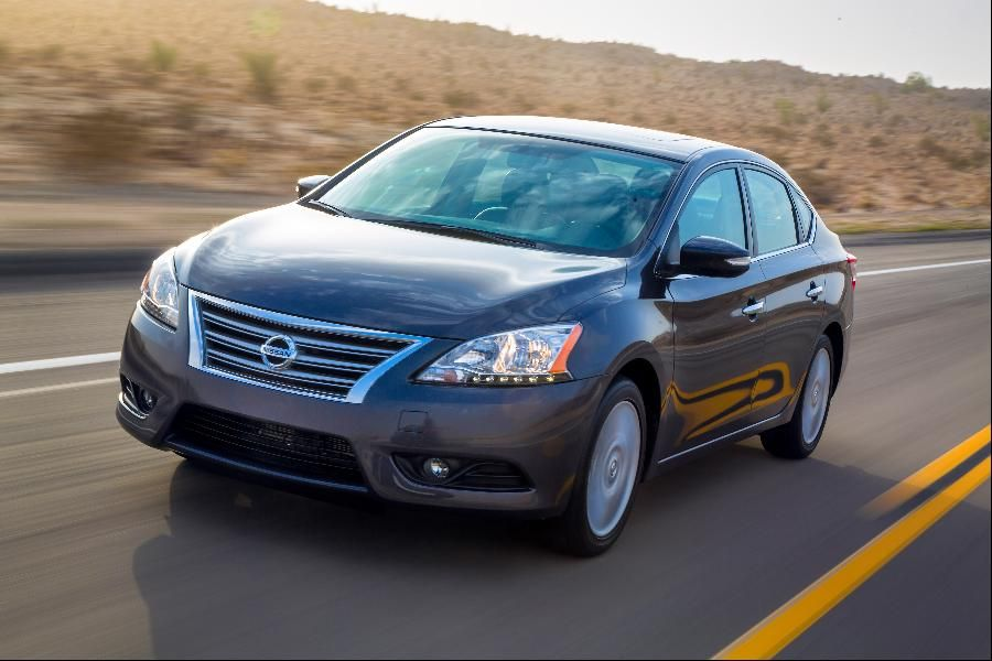 15 Est Non Hybrid Cars That Get 40 Mpg Or Better Nissan Sentra 30