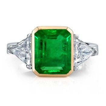 Angara Emerald-Cut Emerald and Diamond Ring in Yellow Gold 1TxjW9