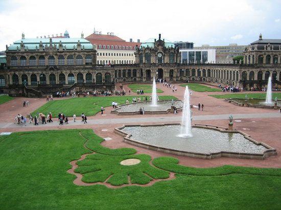 Zwinger Bild Von Zwinger Dresden Tripadvisor Sehenswurdigkeiten Dresden Zwinger Dresden Sehenswurdigkeiten