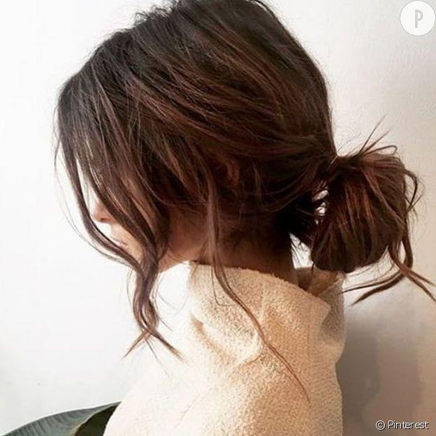 10 chignons décoiffés qui font leur petit effet | Jolie coiffure, Coiffures cheveux ondulés ...
