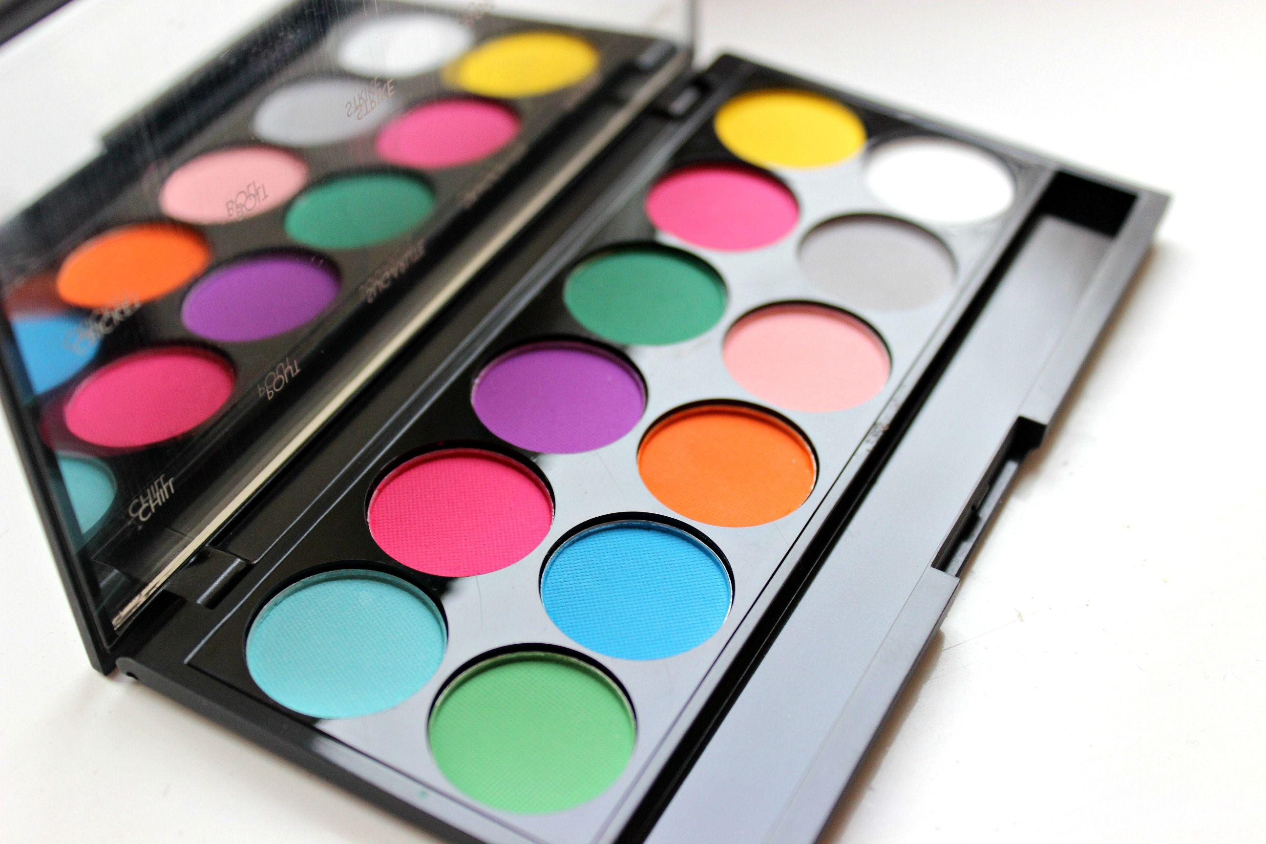 Sleek matte bright palette on the blog http
