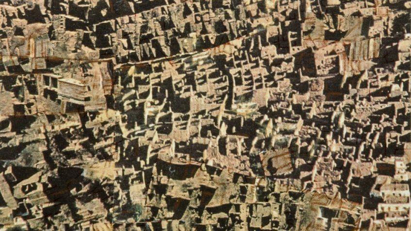 El diálogo entre pintura y fotografía se hace presente en la Galería de Arte Florida en Caracas Más información en http://bit.ly/2buhVxT