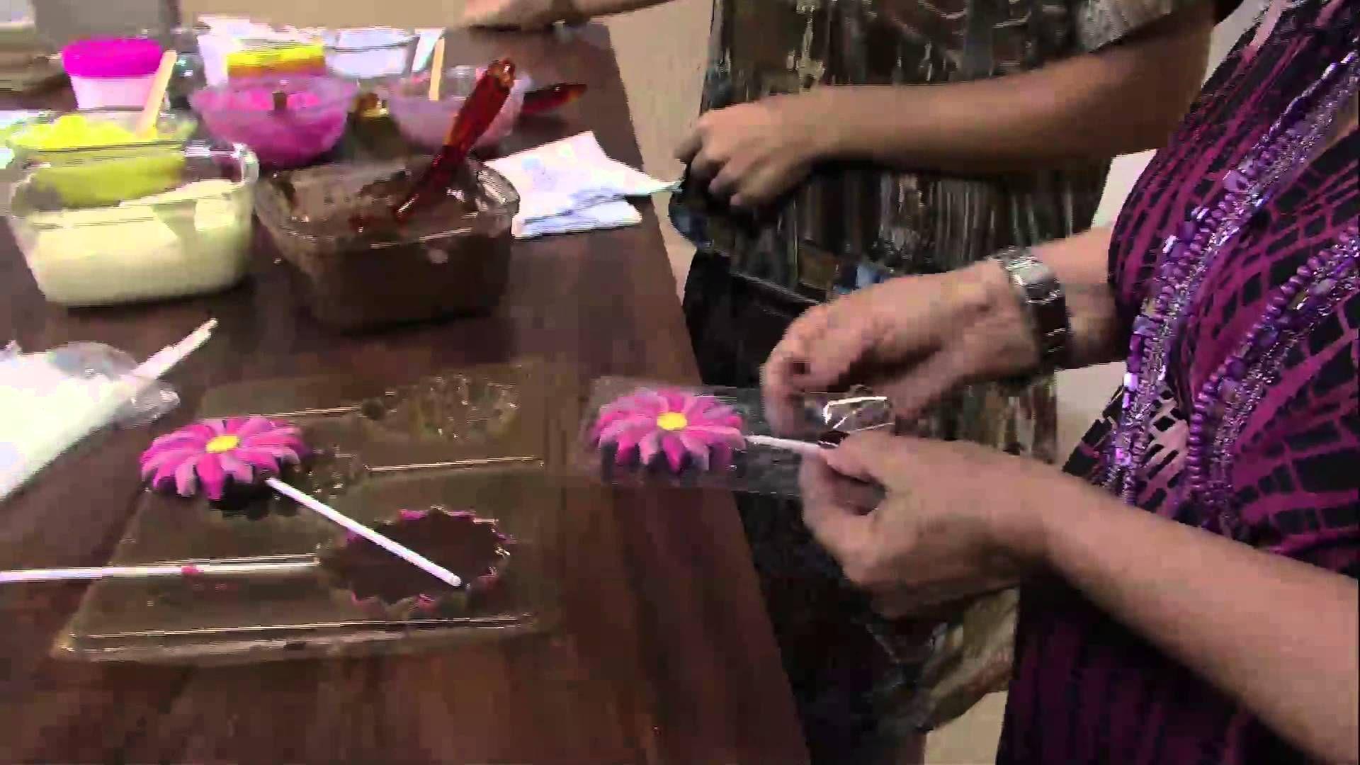 Mulher.com 14/03/2013 Ucha - Pirulito de chocolate pintura  parte 2