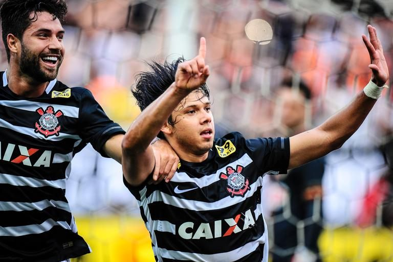 Noticias Fotos E Videos Sobre Celebridades E Famosos Caras Brasil Campeonato Brasileiro Fotos Sport Club Corinthians
