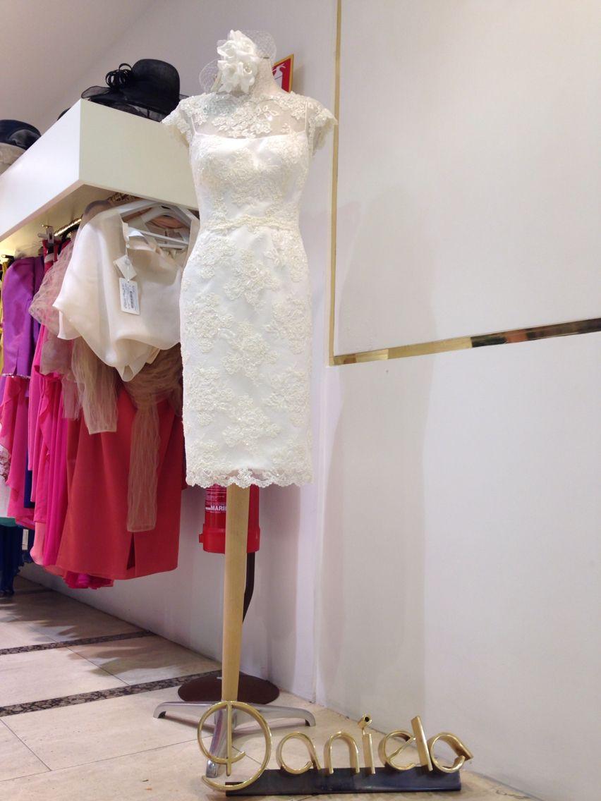 Abito da sposa corto! Collezione 2015 - www.danielasposa.it/sposa  #sposa #abitodasposa #abitocorto #pizzo #weddingdress #weddingstyle #danielasposa