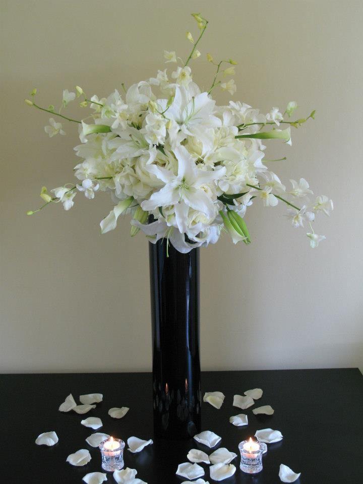 Decor Galore All White Tall Cilinder Black Vase White Hydrangeas