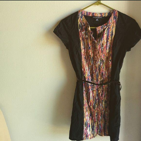 Short button up dress. Abstract short button up dress. Jonathan Saunders  Dresses