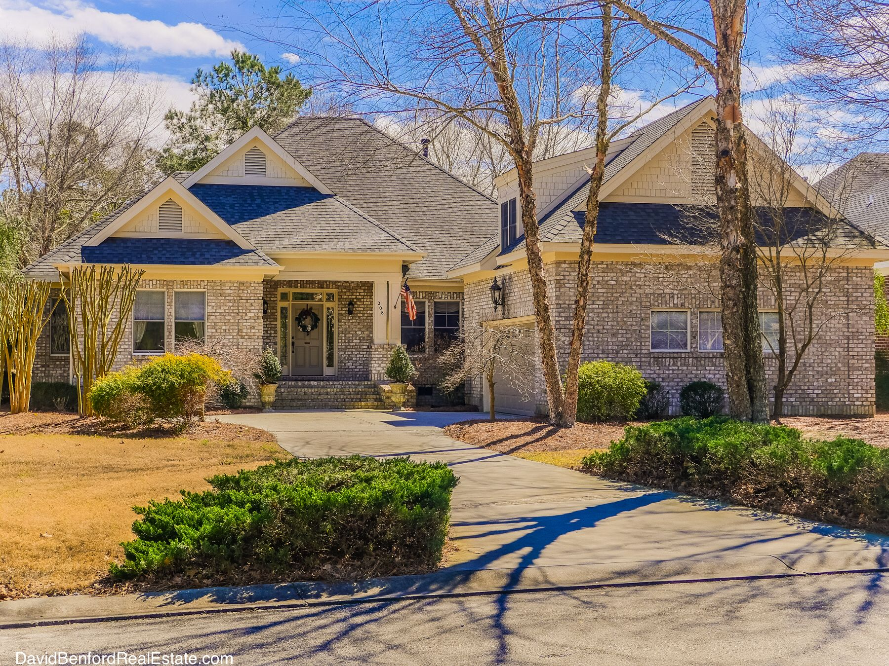 208 Cedar Point Dr Wallace, NC is located in a Master ...