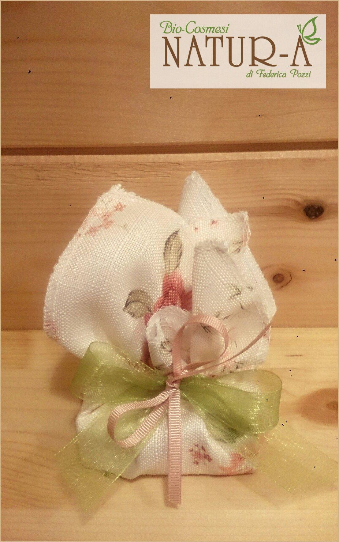 Sacchetto bomboniera con tirante rosa a fiori 💐🌹 fiocco rosa e verde organza 🎀❤