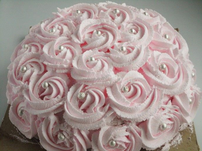 Cake Designs With Whipped Cream : WEDDING CAKES LARGE FROSTING FLOWERS Whipped Cream Roses ...