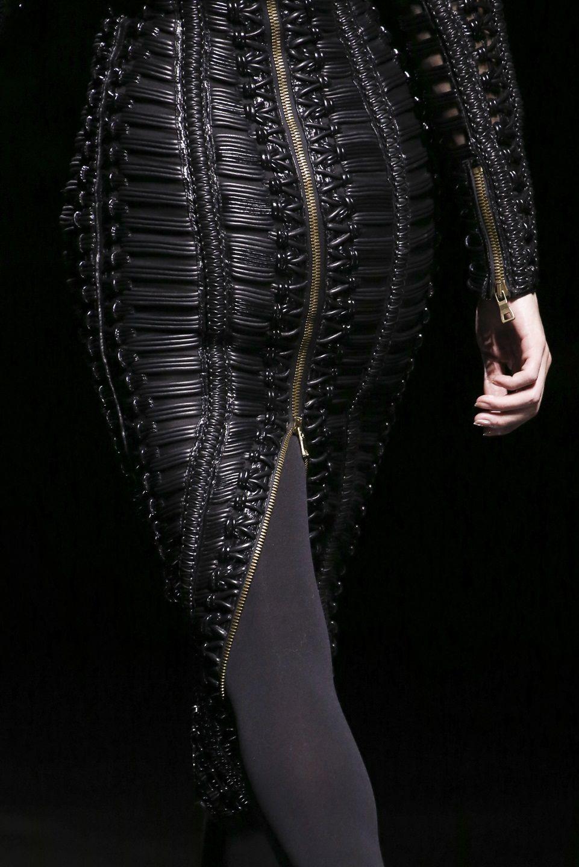 whore-for-couture:  130186:  Balmain Fall 2014   Haute Couture blog :)