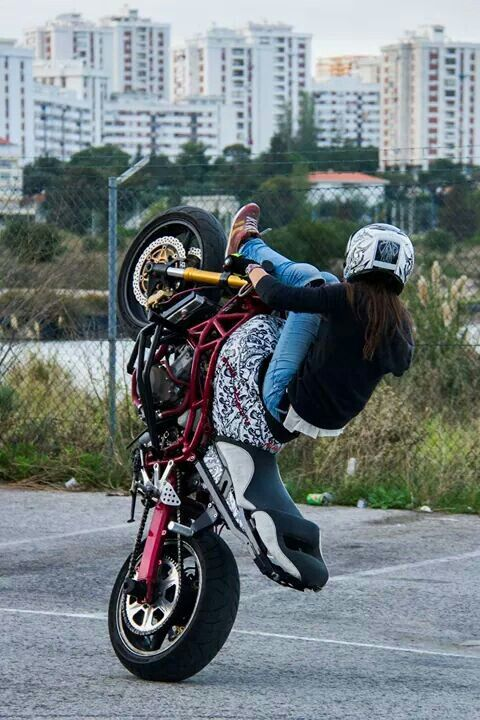 Sarah Lezito Stunt Bike Bikes Girls Motorcycle Girl
