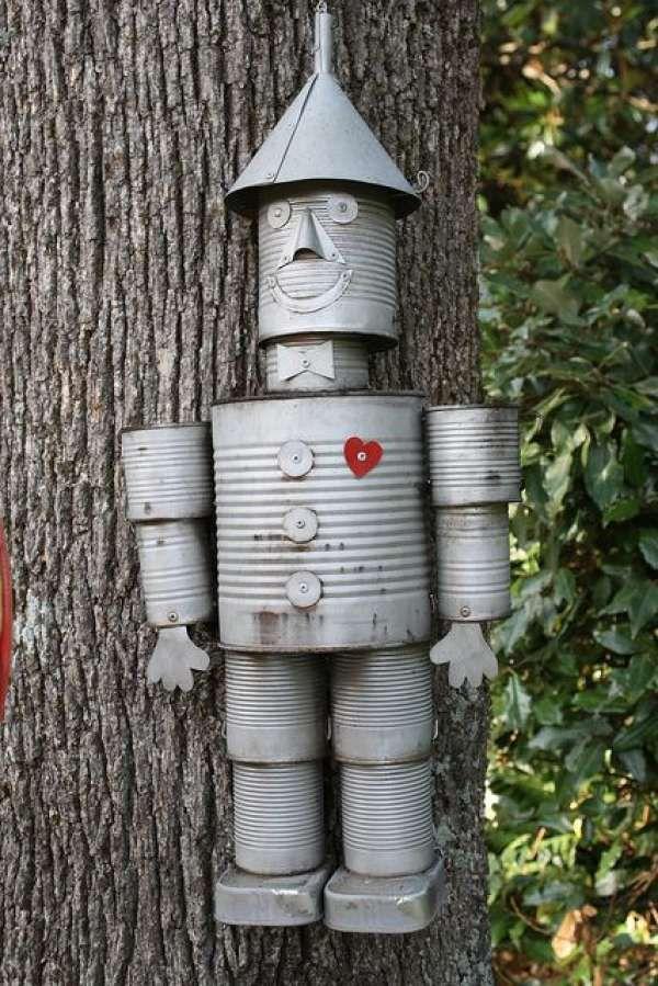 17 personnages rigolos fabriquer pour votre jardin for Personnage en fer pour jardin
