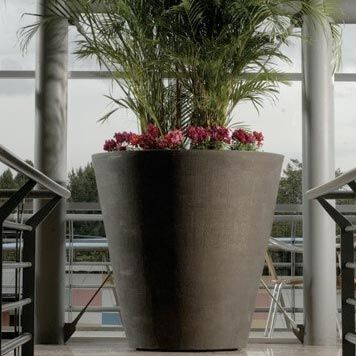 Graceful Large Garden Planters JARDINERIA Pinterest Gardens