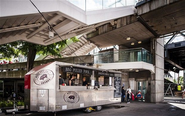 Go to Pitt Cue Co street food truck⎮Hungerford Bridge⎮South Bank