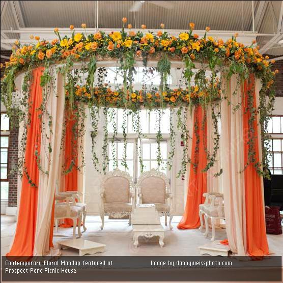 Loving This Simple Mandap Look Decor Mandap Wedding