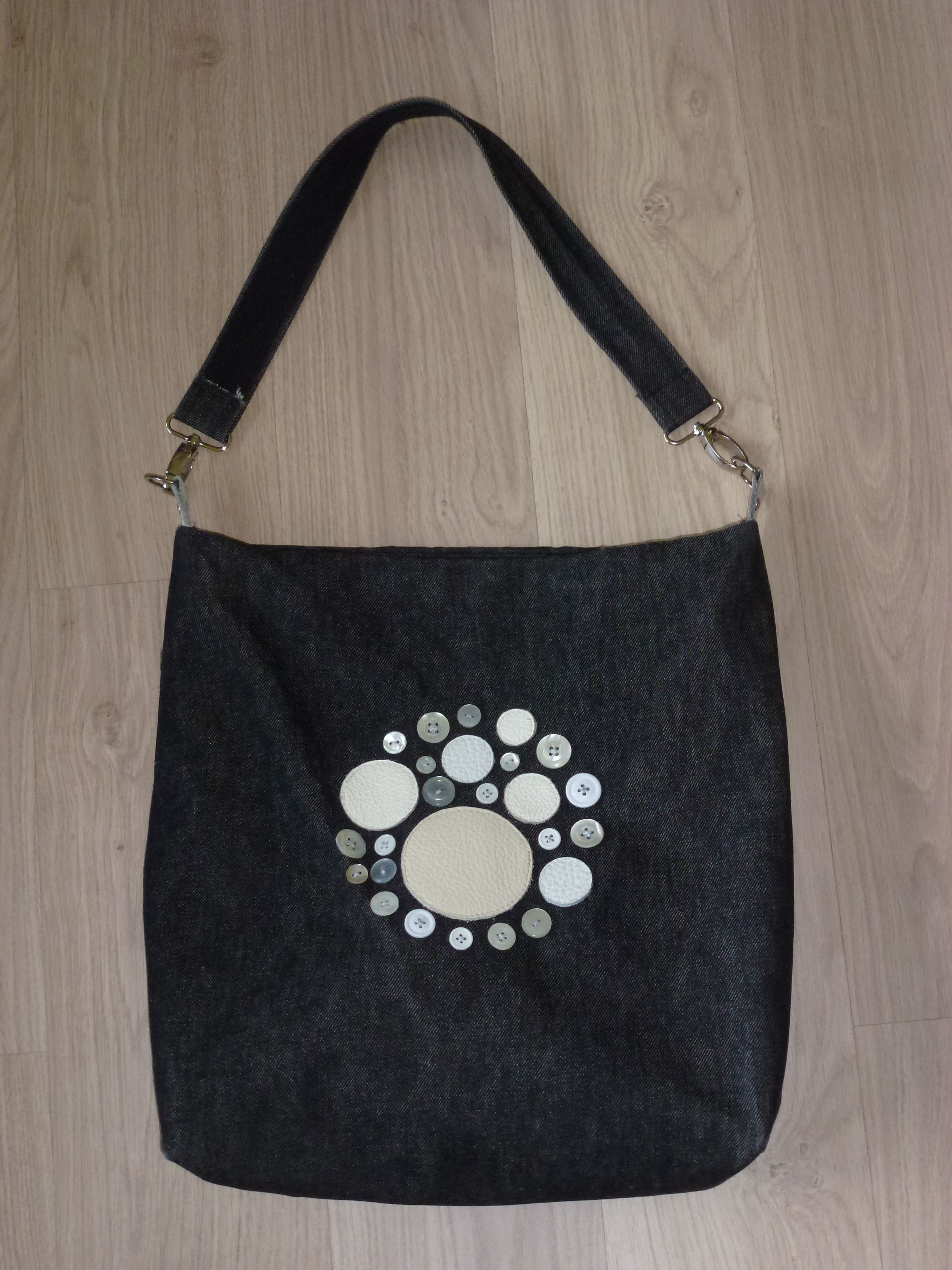 One Of My Favorite Self Made Bags Re Use Various Ons And Leather