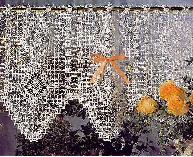 Patrones primaverales para cortinas a crochet cortinas for Gancho para cortina