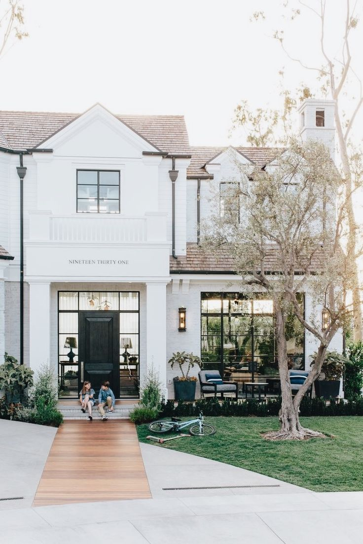 all white exterior | home | Pinterest | House, Future and Future ...