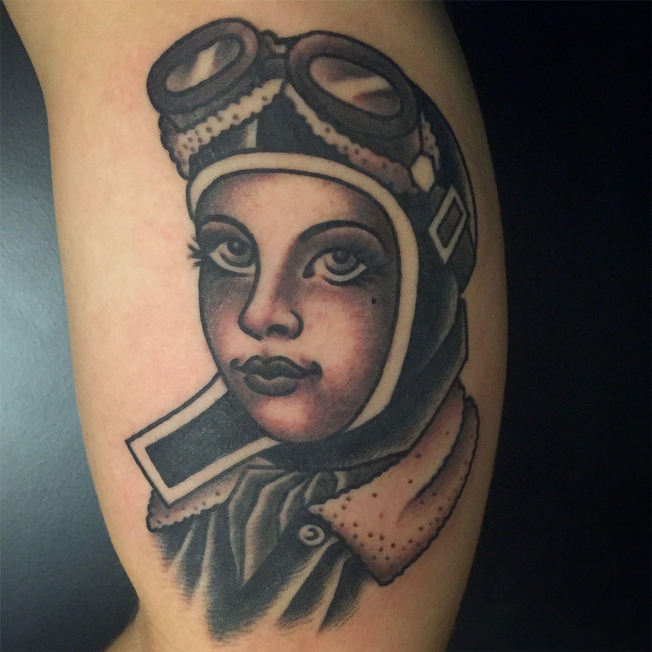 By Brandon Kemp Aces Tattoos Denton Tx Instagram Brandonkemptattoo Ace Tattoo Denton Kemp