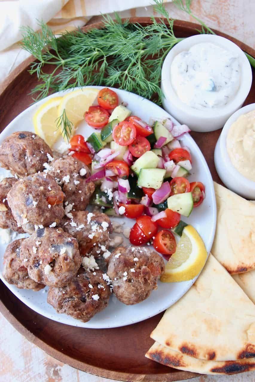 Easy Greek Meatballs With Tzatziki Sauce In 2020 Greek Meatballs Delicious Meatball Recipe Tzatziki Sauce