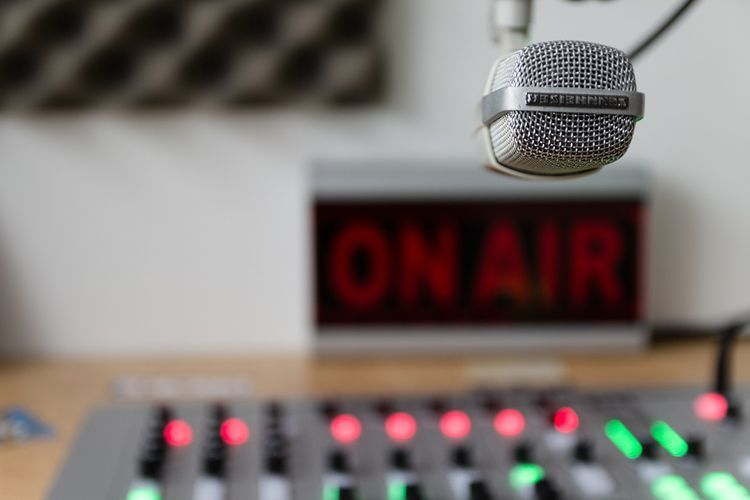 How To Make Money With Your Internet Radio Station