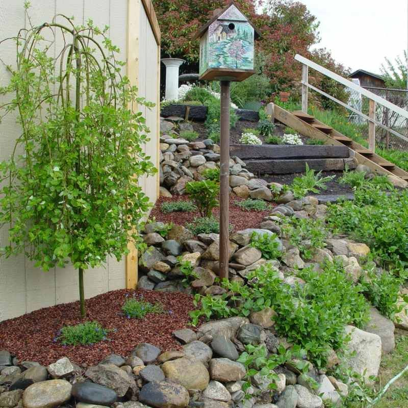 steingarten gestalten hang treppe weide vogelhaus | Gartenideen ...