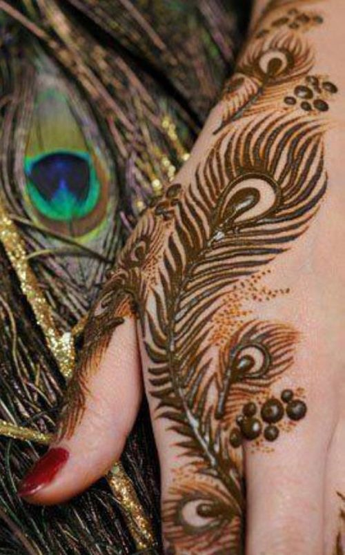 19 Beautiful Feather Henna Designs You Will Love To Try: 21 Artistic Peacock (Mor) Mehandi Designs Try Out Our