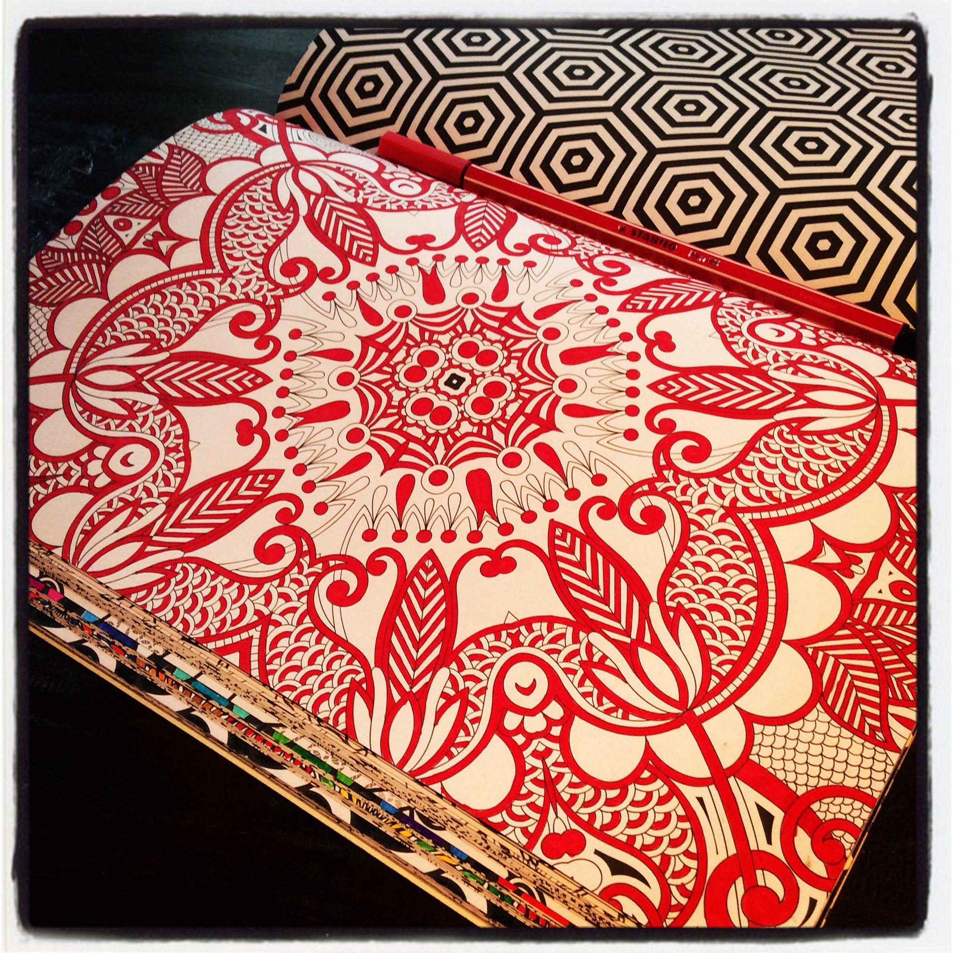 Kleurplaat In 1 Kleur Anders Dan Anders Kleurboek Voor Volwassenen Colorful Drawings Coloring Books Coloring Pages