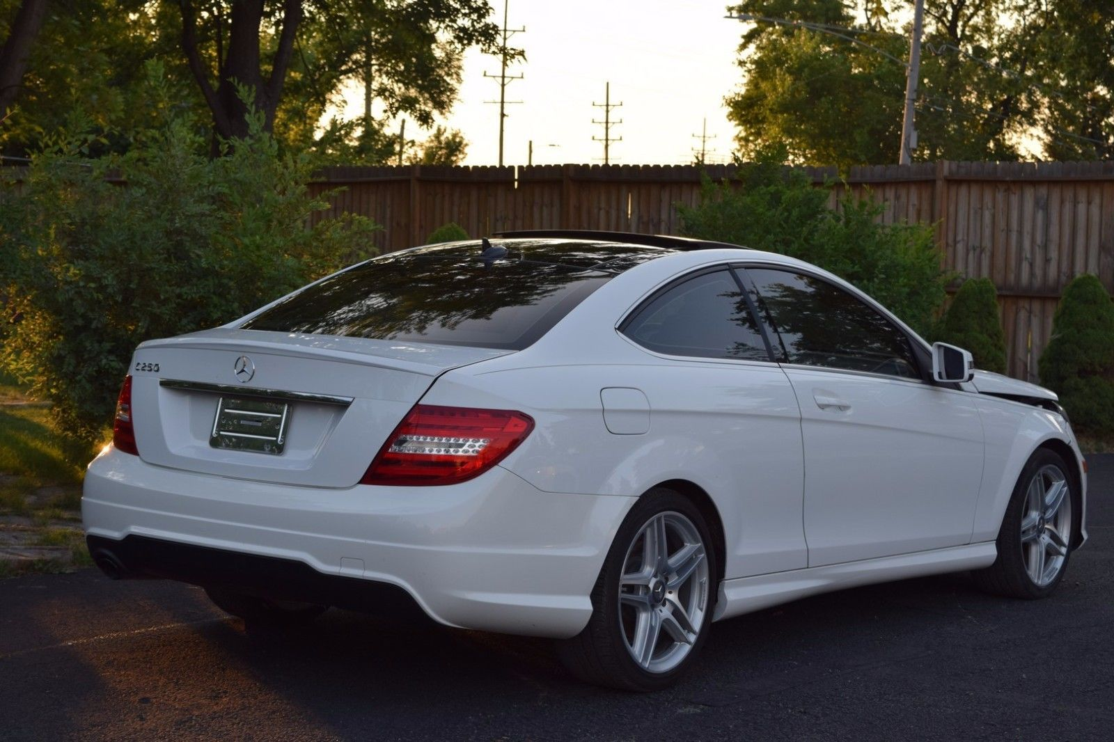 Ebay 2013 Mercedes Benz C Class Base Coupe 2 Door 2013 Mercedes C250 Coupe Loaded Low Miles Damaged Rebuildable Carparts Carrepai Mercedes Benz Benz C Benz