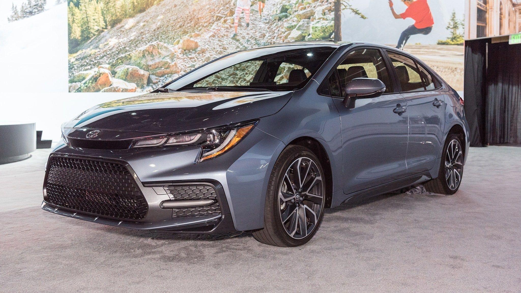 Auto Showdown 2019 Mazda3 Vs 2020 Toyota Corolla Motor Trend Canada Concept Redesign And Review Toyota Corolla New Cars Toyota