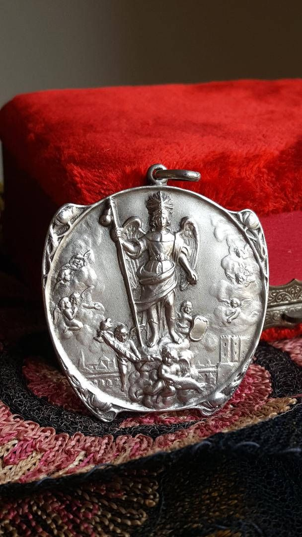 a653172dd4f Vintage Spanish Solid Silver Saint Raphael the Archangel Medal Guardian  Angel Catholic Religious Jewelry Gift Amulet Talisman Rafael