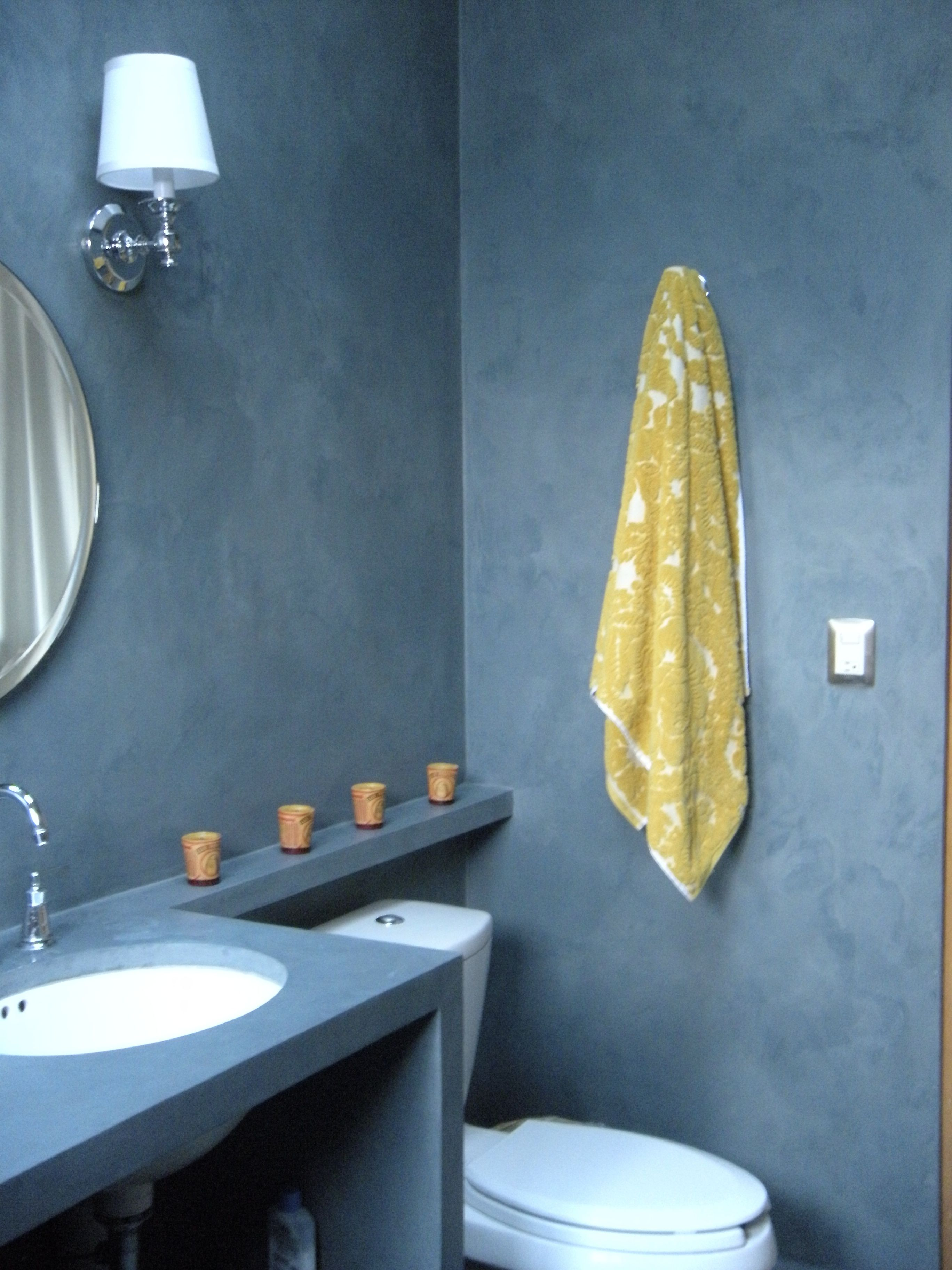 Blue-gray micro-cement walls in bathroom. | ND PROJECT - OAXACAN ...