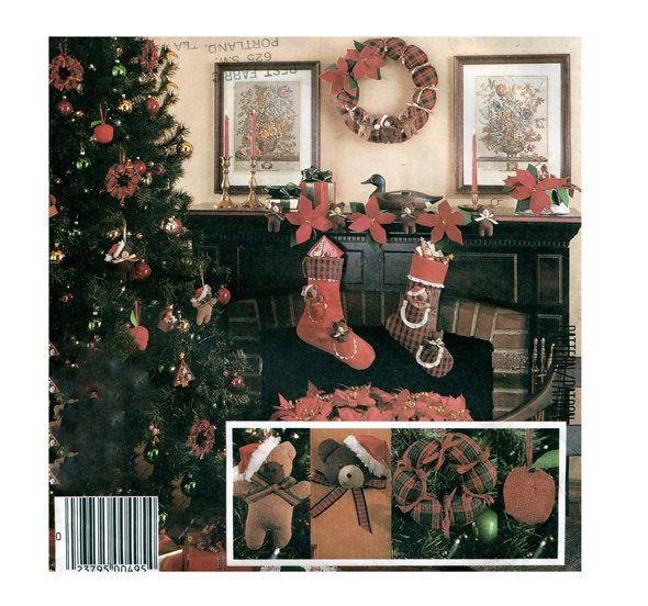 McCalls 2689 CHRISTMAS CRAFTS PATTERN Teddy Bear Christmas Stockings ...