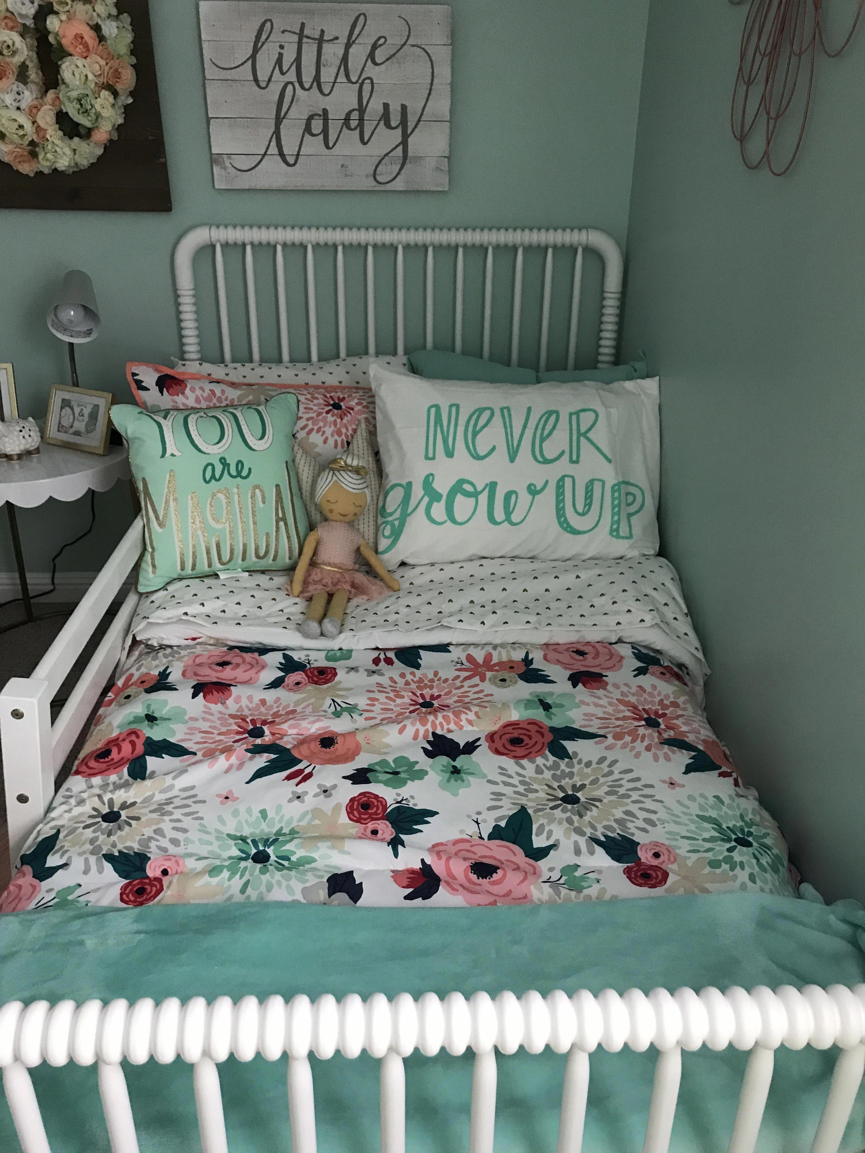 outstanding teen girl bedroom ideas | This teenage girls room is undeniably an outstanding ...