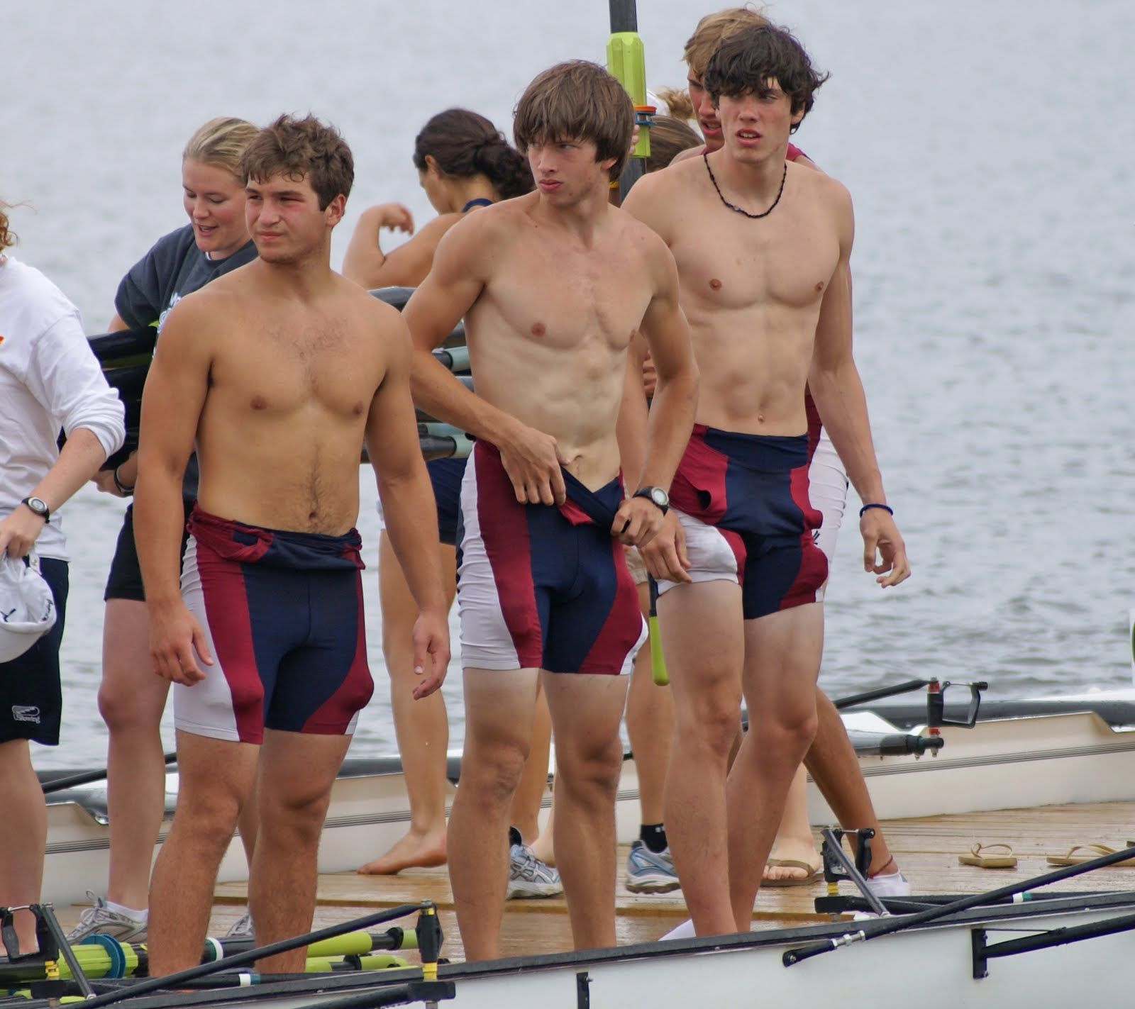 Warwick Rowers Flare Up To Stay Safe And Stay Home