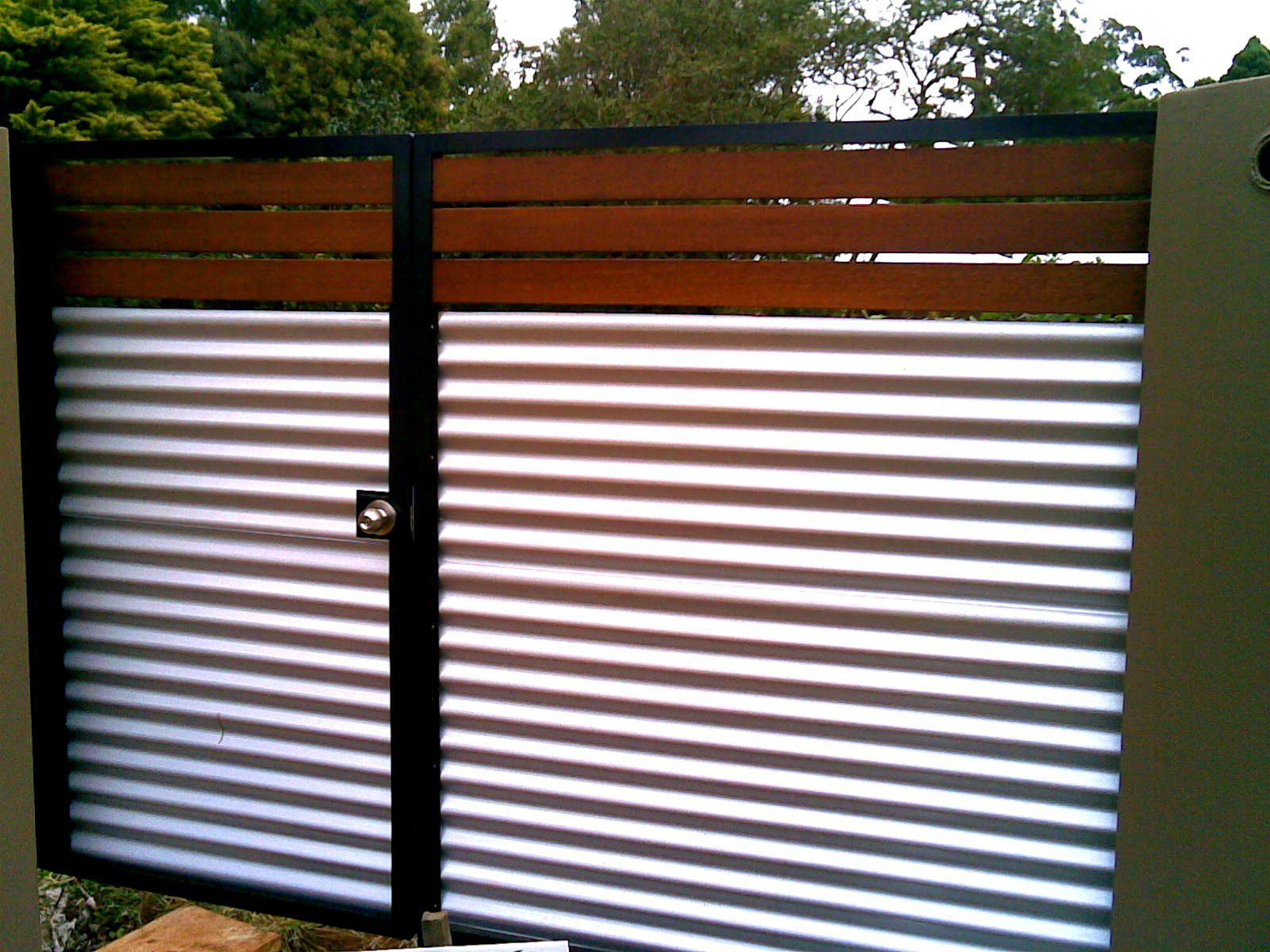 Wood With Corrugated Metal Corrugated Metal Fence Fence Design