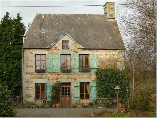 4 Bedroom House for sale For Sale in Calvados, FRANCE - Property Ref: 702233 - Image 1